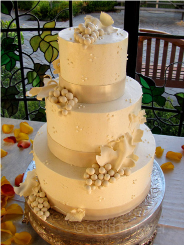 Winery grapes wedding cake